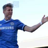 Schurrle celebrates against Fulham