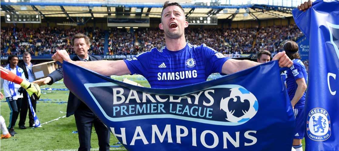 Cahill celebrates against Crystal Palace