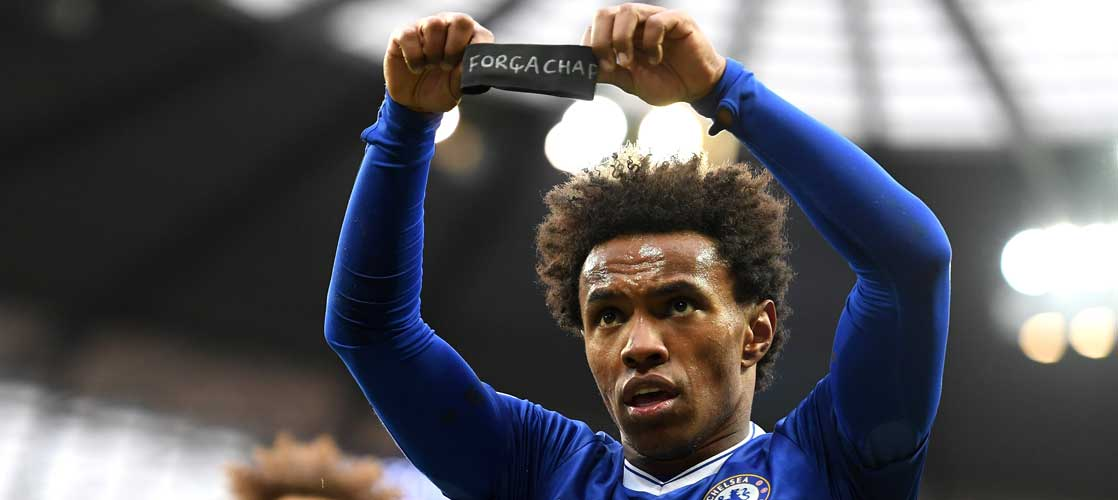 Willian celebrates against Manchester City
